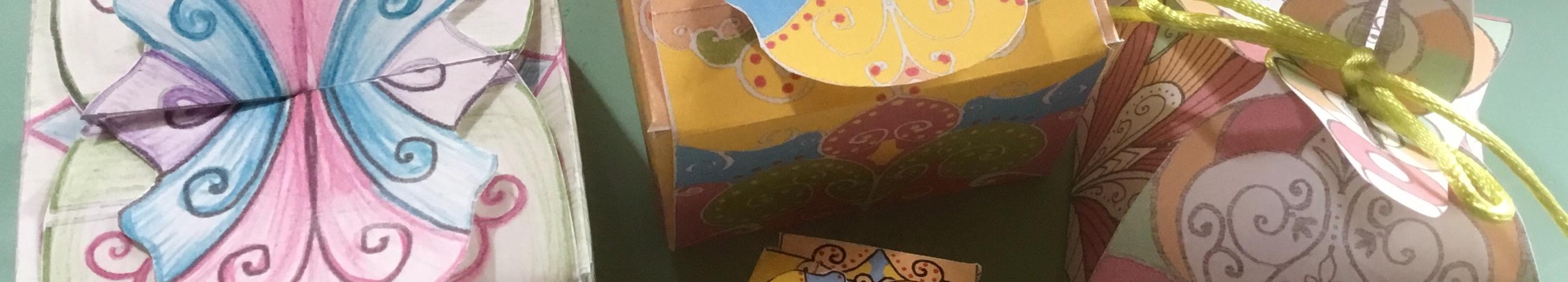 Individuell gestaltete Geschenkboxen zum freien Download, Ausdrucken und Ausschneiden